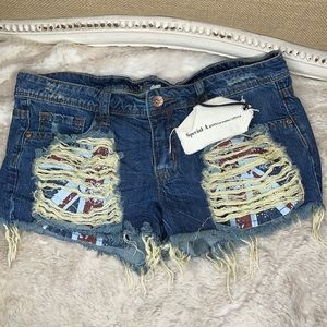 SPECIAL A•JEAN SHORTS